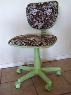 Office Chair and Card Table Redo--i would sooo love to do this to our old nasty chair!