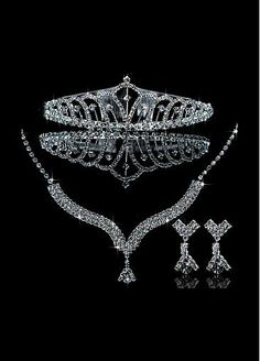 Glamorous First Class Austrian Diamonds