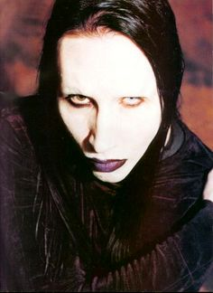 Marilyn Manson- my favorite pic of him ....EVER
