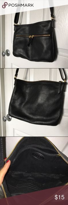 Fossil purse In okay condition. strong cigarette smell. Fossil Bags Crossbody Bags