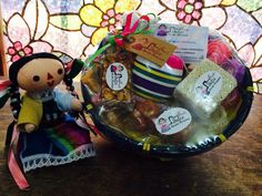 Regalos con dulces y juguetes típicos!!!