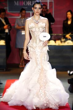 #lace #tulle #couture #fashion #hautecouture #fashionshow #promdress #cocktail #dress #redcarpet #glam #gala #glamour #glamorous #look #redcarpetlook #redcarpetfashion #ruslytjohnardi #ruslytjohnardiatelier #makeup #cledepeau #hairdo #actionhairsalon #fashionideas #outfit #fashioninspiration #fashiondesigner #fashiondesign #singapore #finale #weddinggown #mermaid