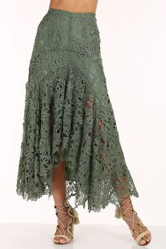 Add a touch of romance to your wardrobe when you slip on this feminine lace maxi skirt with a distinctive hi-lo flutter hem and a hidden side zip. It's the perfect boho skirt