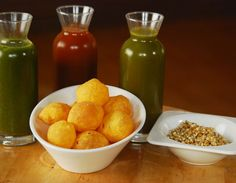 Golgappas with 3 kinds of water.