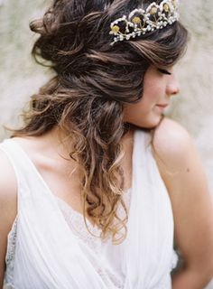 Love her hair. and that vintage tiara. amazing.