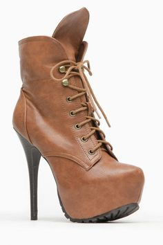 Breckelles Autumn Love Tan Lace Up Booties