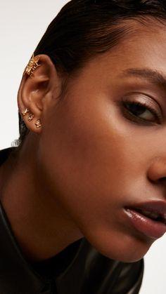 Septum Piercing Men, Ear Piercing Guide, Eyebrow Piercing Jewelry, Guys Ear Piercings, Ear Piercings Chart, Different Ear Piercings, Female Piercings, Types Of Ear Piercings, Facial Piercings