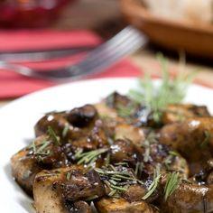 Μανιτάρια φουρνιστά με δεντρολίβανο και λάδι σκόρδου