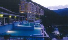 Groupon - Grand Hotel Terme di Pigna 4* - Soggiorno con colazione e ingresso spa da 79 €, più cena da 159 € per 2 persone a Pigna (IM). Prezzo Groupon: €79