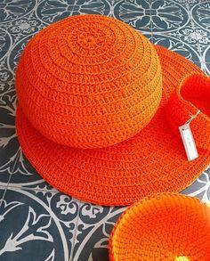 Cro crochet, Round #Crocheted #Rug Floor and #Pouf