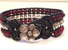 Cuir et perle Cuff Bracelet argent et rouge par SunsetSouthPaw