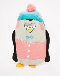 Bouillotte Housse en maille motif pingouin Détail pompons Rabat à l'arrière