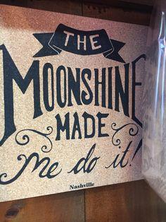Moonshine Moonshine Drink Recipes, Moonshine Recipe, Table Signs, Bar Signs, Mason Jar Gifts, Mason Jars, Wooden Diy, Wooden Signs, Glass Etching Stencils