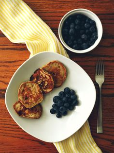 Tortitas de Banano – Chewy 82 Brunch, Snack, Pancakes, French Toast, Breakfast, Food, Oat Pancakes, Cooking, Dinners