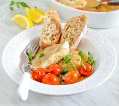 Dorsz zapiekany z pomidorami i masłem ziołowym Fish And Seafood, Thai Red Curry, Meat, Chicken, Ethnic Recipes, Cubs