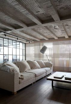 Kevin H. Chung #home #decor#room #clean #livingroom #white #cozy