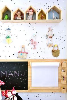 Toda criança merece um quarto colorido e super lúdico para se desenvolver e es. Baby Bedroom, Baby Room Decor, Nursery Room, Girl Room, Nursery Decor, Kids Bedroom Designs, Playroom Design, Kids Room Design, Kids Bedroom Furniture
