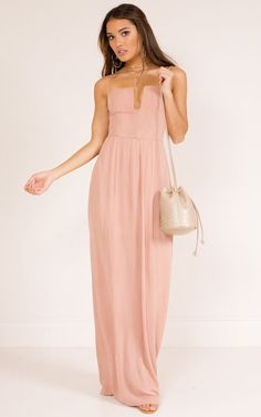A classic maxi dress for your next formal event! The structured neckline is so stunning and creates a super unique neckline! Style with some dressy sandals or just some heels, and your fav accessories!