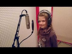 Hana Barcová - Planéta Zem (Letí pieseň, letí 2016) - YouTube Over Ear Headphones, Youtube, Planets, Youtubers, Youtube Movies