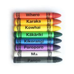 Māori Art Book and Māori Crayons Set