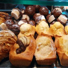 Delicious food you can find in a bakery in Valencia (Spain) http://insidevalencia.com/2015/02/16/traditional-valencian-bakery-just-delicious/ #bakery #spanishfood #spanishbakery