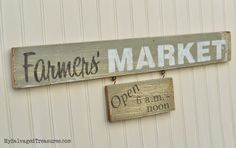 My Salvaged Treasures: Farmers' Market rustic sign with #oldsignstencils