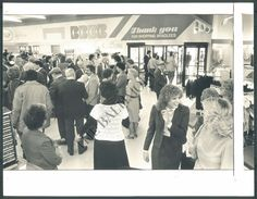 BS Photo bml 285 Bradlees Department Store Dundalk Maryland   eBay