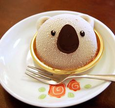 koala on a plate. almost too cute to eat Bear Cupcakes, Cute Cupcakes, Cupcake Cakes, Cute Food, Yummy Food, Food Humor, Creative Food, Let Them Eat Cake, Gelato