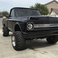 old trucks chevy C10 Trucks, Chevy Pickup Trucks, Lifted Chevy Trucks, Classic Chevy Trucks, Chevrolet Trucks, Mudding Trucks, Chevrolet Silverado, Silverado Truck, Chevy 4x4
