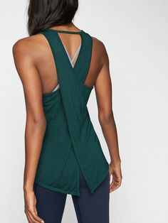 Great deals on the latest styles and trends from your favorite brands and stores. Athleta Womens Essence Tie Back Tank Dark Jade Size Cute Workout Outfits, Workout Attire, Workout Wear, Outfits Mujer, Sporty Outfits, Fashion Outfits, Gym Outfits, Gym Clothes Women, Athletic Clothes