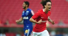 Internacional vence o Cruzeiro e segue vivo na luta contra o rebaixamento