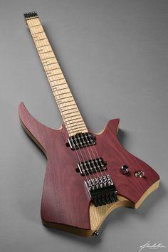 Un modèle de guitare neckless ( topless ) signé Padalka Guitars. Retrouvez des cours de #guitare d'un nouveau genre sur MyMusicTeacher.fr