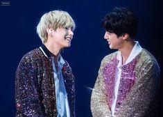 """ who knows, what love is Jin taehyung great artists"" Seokjin, Hoseok, Foto Bts, Bts Photo, Namjin, Yoonmin, Bts Boys, Bts Bangtan Boy, Taekook"