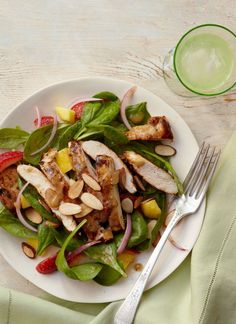Mango-Balsamic Spinach Salad with Chicken // Healthy eating can be made tasty with a little help from some delicious mango!