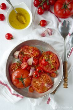 Gegrillter Tomatensalat