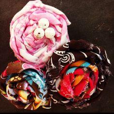 Multi fabric rosette hair clip
