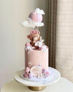 Girly Birthday Cakes, Baby Girl Birthday Cake, Baby Girl Cakes, Beautiful Birthday Cakes, Baby Shower Cake Designs, Flamingo Cake, Crazy Cakes, Dream Cake, Cute Cakes