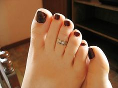 tu vicio feet Pretty Toe Nails, Cute Toe Nails, Pretty Toes, Feet Soles, Women's Feet, Nice Toes, Painted Toes, Foot Pics, Soft Feet
