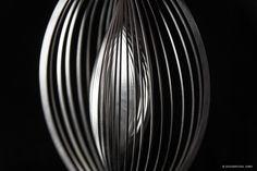 Die etwas andere Weihnachtsdekoration: Edelstahl Windspiel OVAL Vertikal