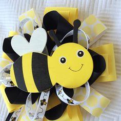 Celebrating spring with a new Mommy to Bee corsage
