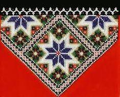 Bilderesultat for bringeduker til bunad Embroidery Flowers Pattern, Embroidery Hoop Art, Beaded Embroidery, Flower Patterns, Bead Crafts, Diy And Crafts, Crochet Bedspread, Peyote Stitch, Cross Stitching