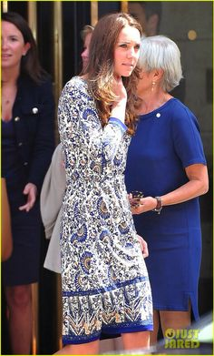 Kate on a private visit to attend the Royal Society of Medicine conference in London.  Love the dress !!
