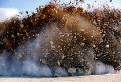 Naoya Hatakeyama capture des explosions minières explosion japon Naoya Hatakeyama 06 870x590