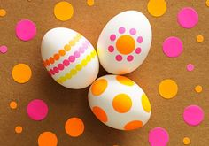 Clinton Kelly's office supply easter eggs: Make these from round sticker labels!