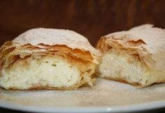 Hungarian pastry (must translate) Strudel, Cottage Cheese, Cake Cookies, Feta, Delish, Bakery, Sweet Treats, Food And Drink, Favorite Recipes