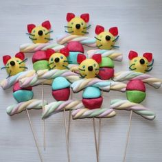 Brochette de bonbons chat