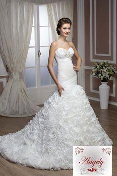 Hochzeitskleid Iserlohn - Model Dorothy  www.lavie-brautmode.de