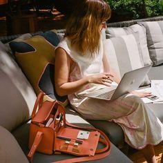 Bank Bag: A handbag you can work out of #tigbankbag #tigselfmade #tigwishlist