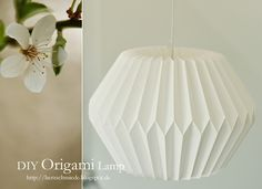 Herzschmiede: DIY Origami Lamp Instructions I saved ! Origami Design, Origami Diy, Origami Lampshade, Origami And Kirigami, Origami Paper Art, Origami Love, Origami Folding, Useful Origami, Origami Tutorial