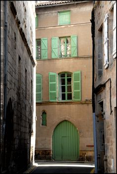 Figeac, ombre et lumiere, Midi-Pyrenees, France | Flickr - Photo Sharing!